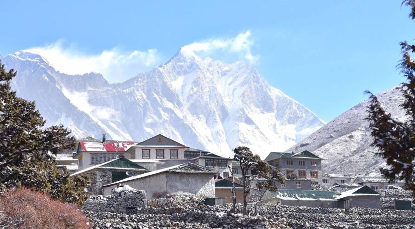 Luxury short Everest Base Camp Trek with Helicopter flight from Base Camp to Lukla