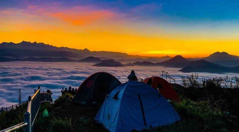 Manungkot: Paradise floating above the clouds